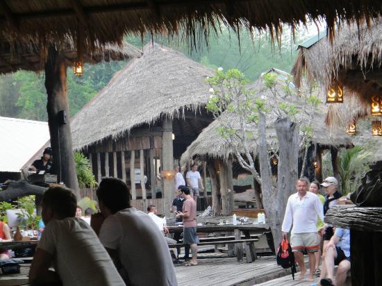The Suan Sai Yok (River Kwai Cabin) Resort : Отель