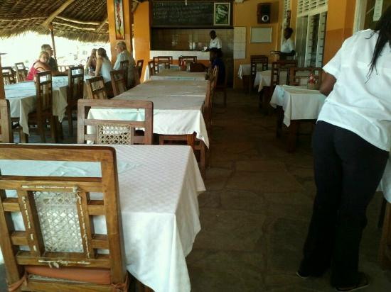 Baobab Restaurant: restaurant with magical view of the beach