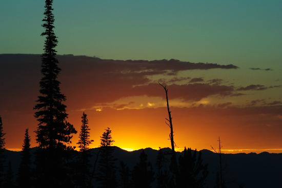 Big Sky Resort Village Center: Sunset view from Mountain Home