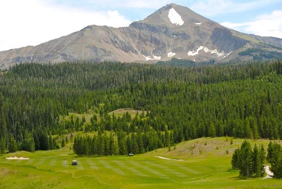 Moonlight Basin Resort: Mountain from the golf course