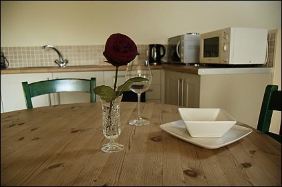 Wennington Lodge: The Annexe - Kitchen