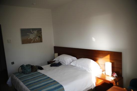 Nissi Beach Resort: Das Zimmer