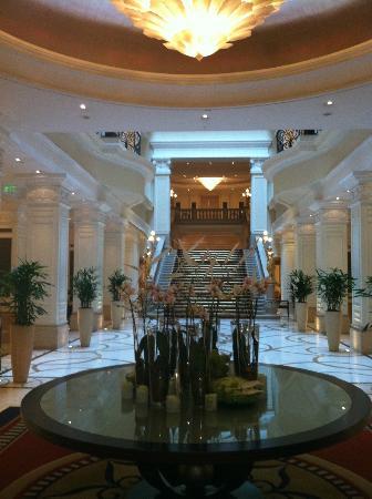 Corinthia Hotel Budapest: recepçao