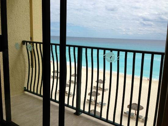 The Royal Sands Resort & Spa All Inclusive: oceanfront unit view
