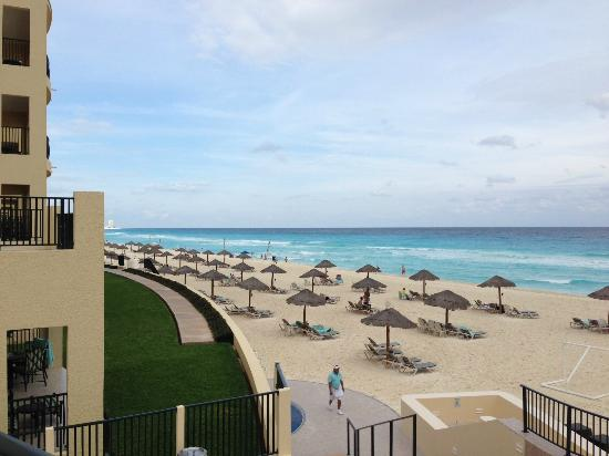The Royal Sands Resort & Spa All Inclusive: beach view