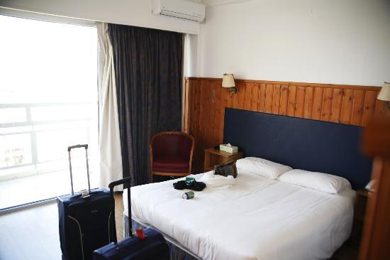 Asty Hotel: Das Zimmer