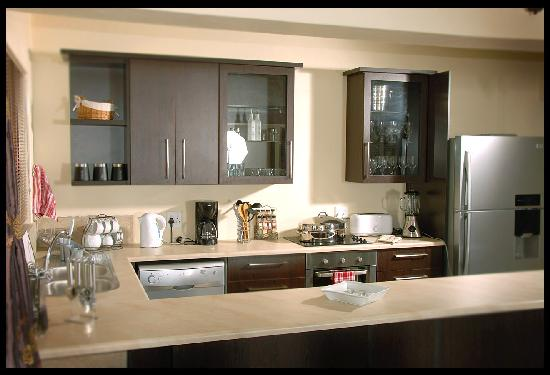 Deacra Villas, Sol Resorts: Deacra Villa - fitted kitchen