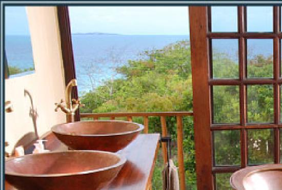 Deacra Villas, Sol Resorts: Bathroom with a view - Deacra Villas