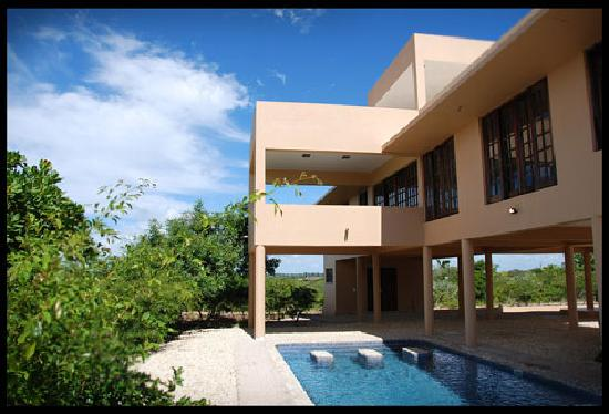 Deacra Villas, Sol Resorts: Deacra Villas - villa & pool