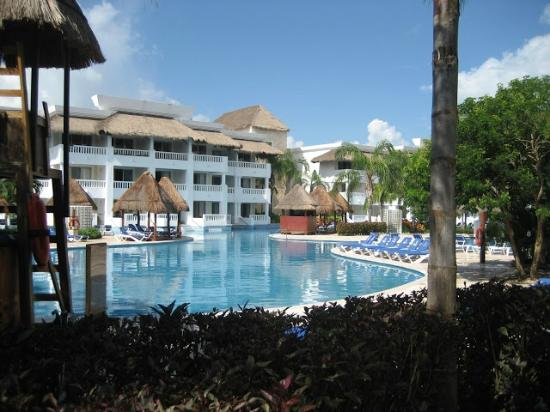 Grand Riviera Princess All Suites Resort & Spa: another pool