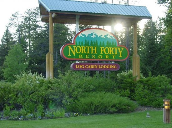 North Forty Resort: Office Sign