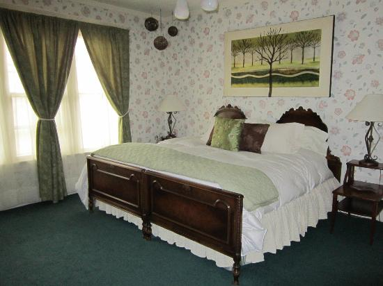 Green Gables Inn: The Idlewild Room