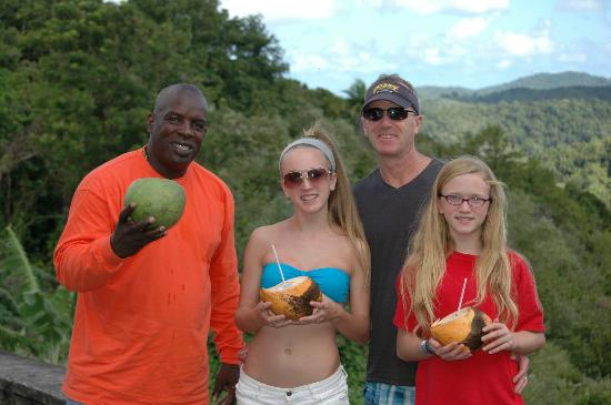 Castries, Sta. Lucía: James sharing the island with our family!