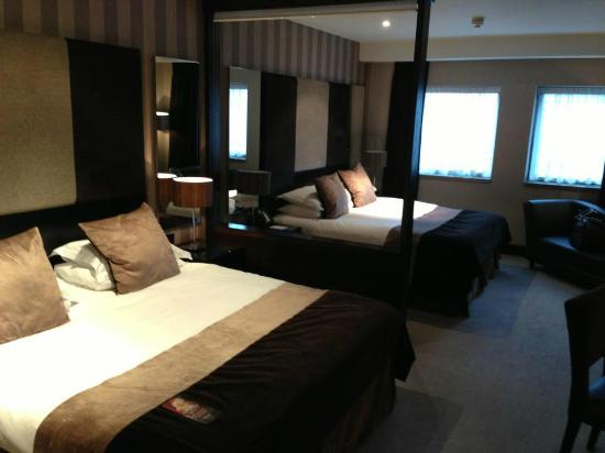 Malmaison Birmingham: Our Double Double room, incredibly spacious & comfortable