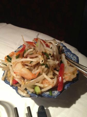 Chez Diep: shrimp salad with citronelle