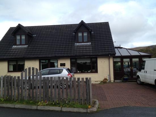 Gleann An Ronnaich : front of the house