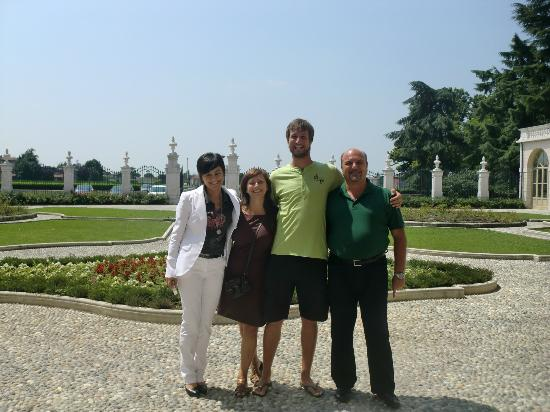 Villa Fenaroli Palace Hotel: The management