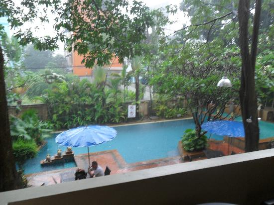 Gazebo Resort Pattaya: View of pool from Balcony