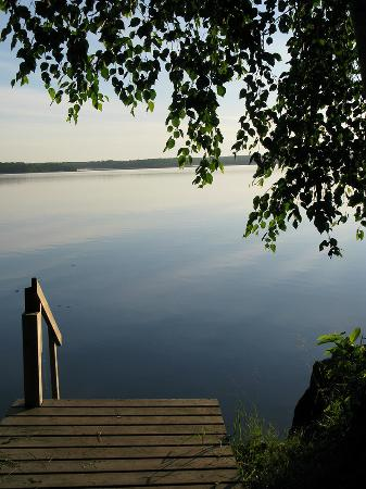 Timber Trail Lodge and Outfitter: Early morning - calm & still - from our dock at Diamond Willow. .