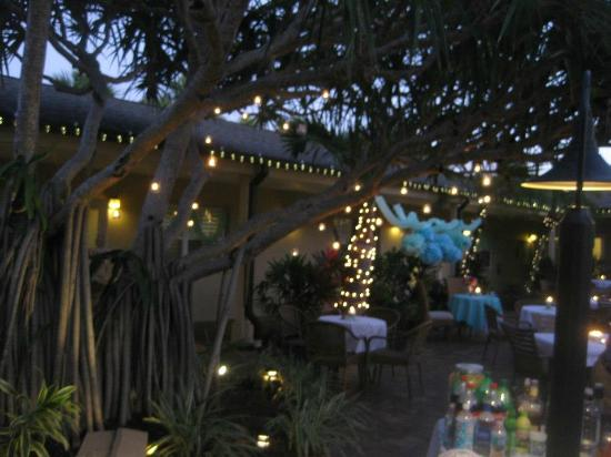 The Capri at Siesta: Night of the Reception - we added the lighting