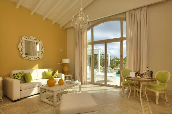 Eden Roc at Cap Cana: Family Two Bedroom Suite - Living Room