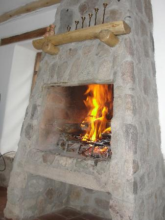 Cusco Cottages: nice fire after a day's hike