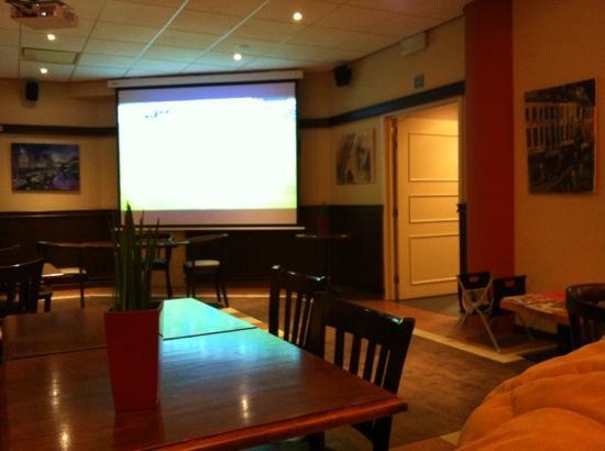 Ibis Gent Centrum St-Baafs Kathedraal: bar hotel