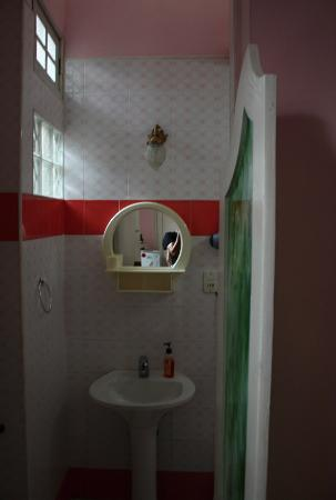 Hostal Autentica Pergola: bathroom
