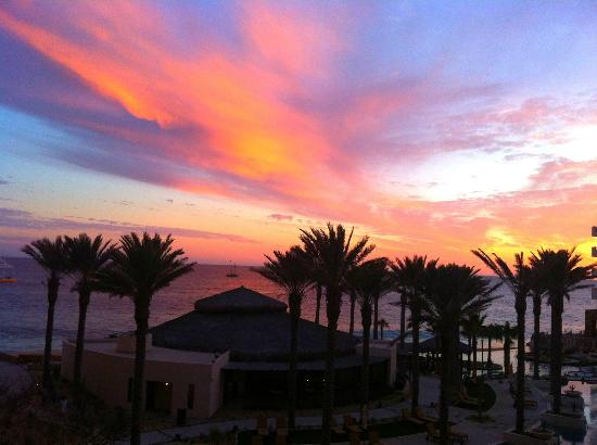 Grand Solmar Land's End Resort & Spa: Awesome sunset