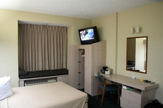 "The Floridian Hotel and Suites: ""regular"" room"