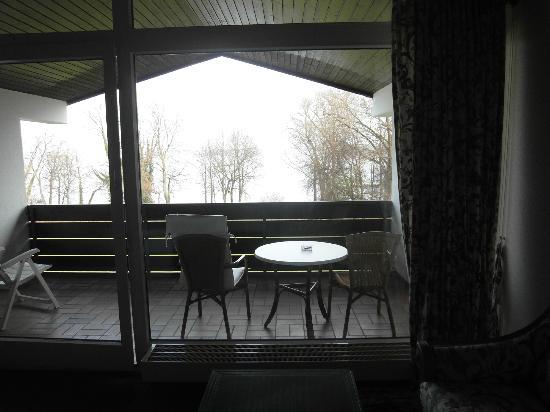 Marina Hotel: See in Nebel (leider)