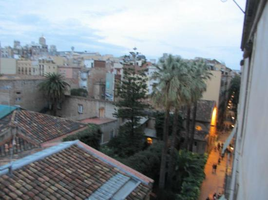 Casa Camper Hotel Barcelona: View from our mini-lounge