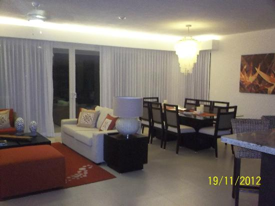 Marival Residences Luxury Resort: SUITE 2 RECAMARAS