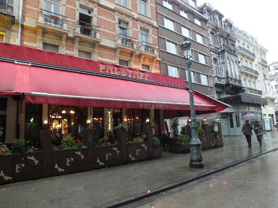 Le Falstaff : falstaff