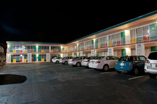 The Thunderbird Inn: Thunderbird Inn