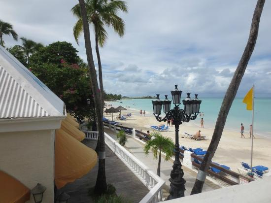 Sandals Grande Antigua Resort & Spa : View of beach from OK Corral