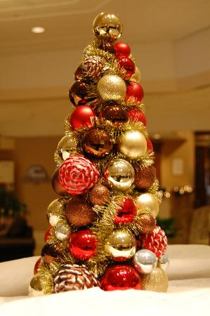 Sheraton Harrisburg-Hershey: Just one of the many Christmas decorations