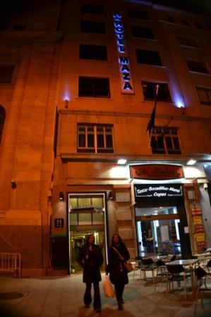 Hotel Maza: fachada del hotel