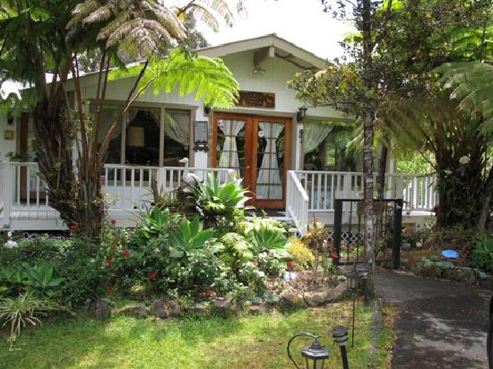 Country Goose Bed Breakfast Updated Prices Reviews Photos Volcano Hi B B Tripadvisor
