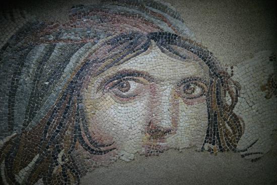 Gaziantep, Türkiye: Zeugma Çingene Kızı Mozaiği