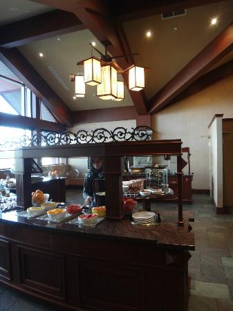 DoubleTree Fallsview Resort & Spa by Hilton - Niagara Falls: Breakfast@Buchanans