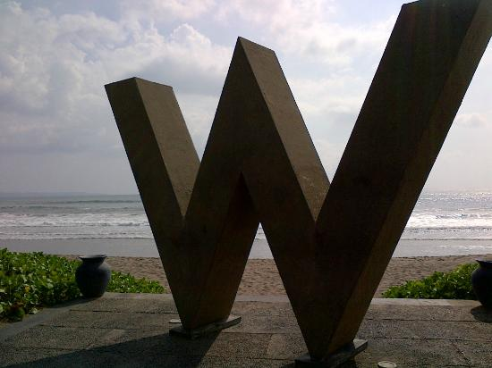 W Retreat & Spa Bali - Seminyak: Logo on the beach