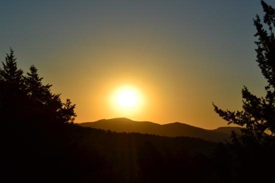 Albergo Della Strega: dalla mia finestra scorgevo questa meraviglia!!!