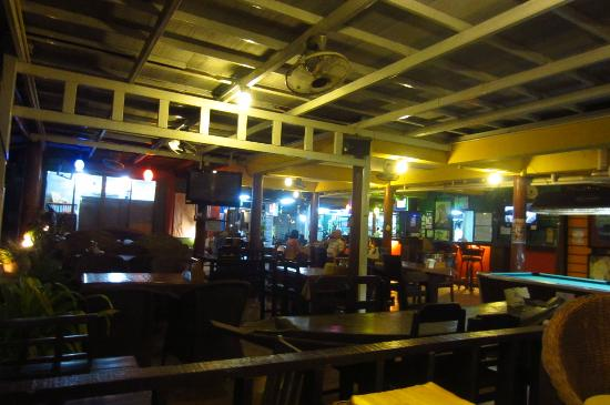 Jaya Hostel: the bar n restaurant - low season