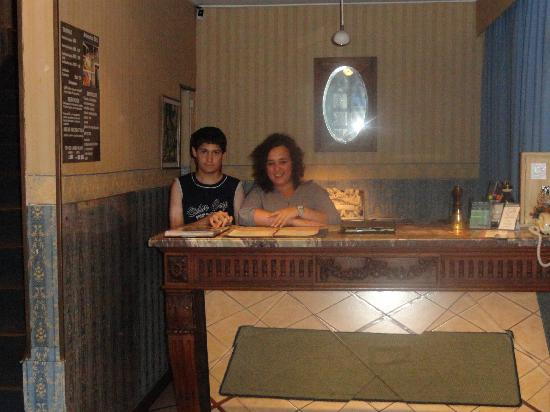 Hotel Esperanza & Artemisa Spa: Recepción 2