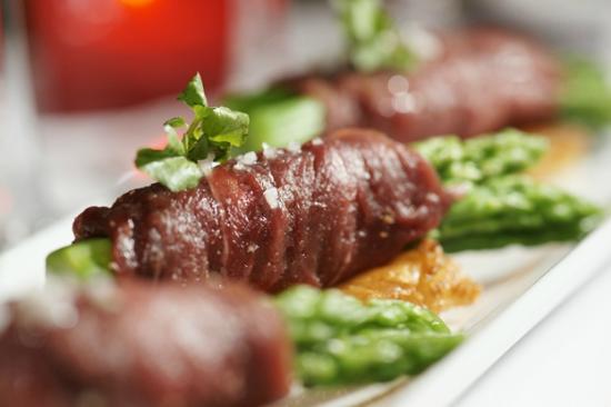 ZanZBar Restaurant, Cafe & Bar: Tapas - Beef-Asparagus