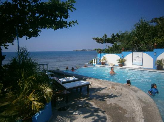 Sunset Bay Beach Resort: Pool