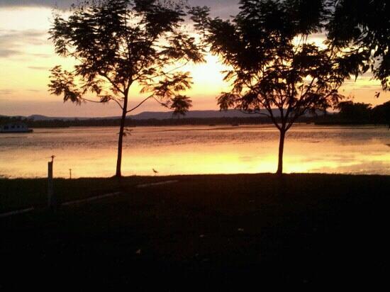 Lakeside Resort Kununurra: From our campsite!