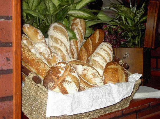 Cafe Resto Le Gavroche: le bon pain du gavroche