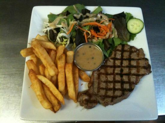 Cafe Resto Le Gavroche: le steack frites